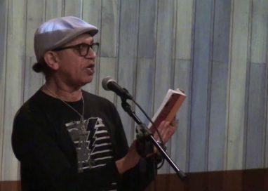 """Costa Senna recita o poema """"Sugestão"""", de Thiago de Mello"""