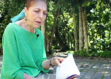 "Marina Colasanti lê o miniconto ""Dia chegaria"""