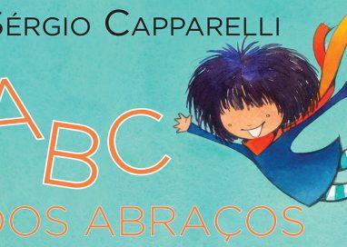 ABC dos abraços é poesia de ser criança para sempre