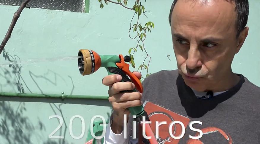 Toni Brandão e o mundo do garoto verde