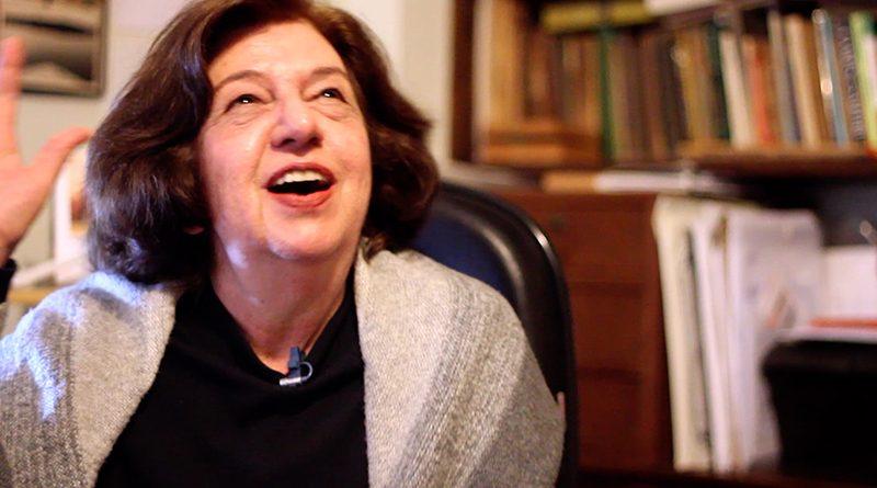 Atriz Walderez de Barros fala de Cora Coralina
